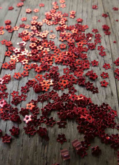 3mm METALLIC RED FLOWERS